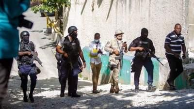 На Гаити похитили 17 американских миссионеров