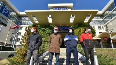 Наблюдателей ОБСЕ заблокировали в отеле в оккупированном Донецке