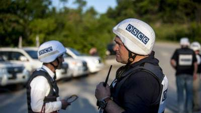 Роздування конфлікту чи тероризм: що відомо про взяття у заручники членів місії ОБСЄ