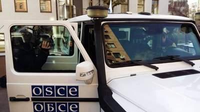 Виїхала перша за 4 дні автівка: окупанти у Горлівці припинили блокування місії ОБСЄ, – ЗМІ