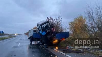 Смертельное ДТП вблизи Харькова: водитель микроавтобуса врезался в грузовик