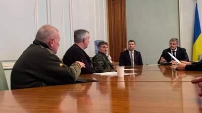 """Пикет """"афганцев"""" под ОП: у Зеленского рассказали, о чем договорились"""