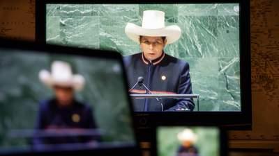 В перуанської казки про вчителя-президента може не бути щасливого кінця