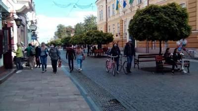Ни в ресторан, ни в транспорт: на Буковине ввели жесткие ограничения для невакцинированных