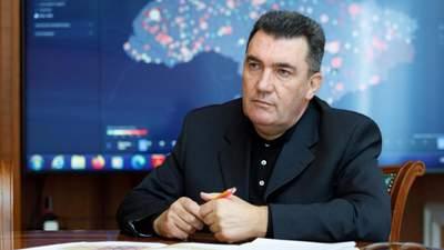 Одразу 3 групи хочуть представляти інтереси Путіна в Україні, – Данілов