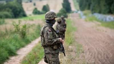 Ранили военных: нелегалы из Беларуси пыталась прорваться в Польшу