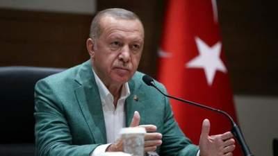 Эрдоган передумал высылать из Турции послов 10 стран