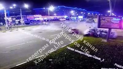 Намагався проскочити на червоне: момент смертельної аварії у Харкові – жахливе відео 18+