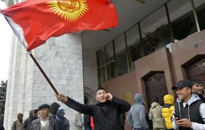 В заручниках у Росії: що чекає Киргизстан після нової революції