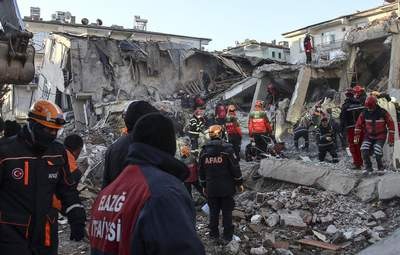 Божевілля, паніка та страх, – ексклюзивні коментарі очевидців про нищівний землетрус у Туреччині
