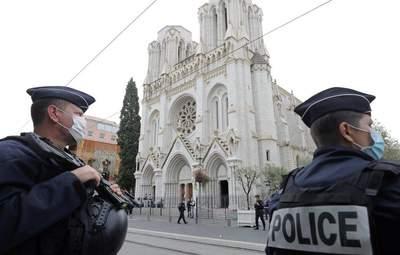 Количество задержанных из-за теракта в Ницце растет: в чем их подозревают