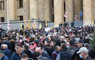 Відмовляються від мандатів: опозиція Грузії бойкотує результати парламентських виборів
