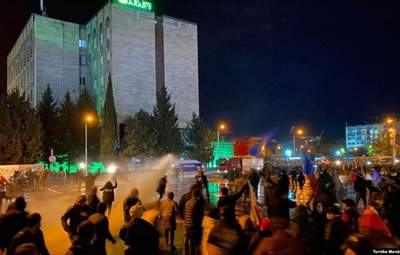 Во время протестов в Тбилиси пострадали несколько человек – фото, видео