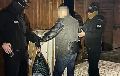 """Вероятно """"агитируют"""" за действующего мэра: перед вторым туром в Ужгороде выявили скупку голосов"""
