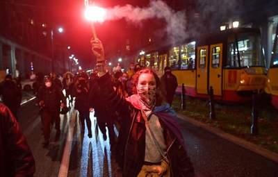 В Польше женщины снова протестовали из-за запрета абортов