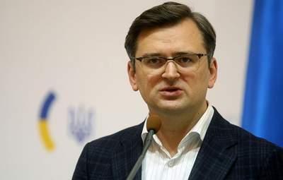 """Проблеми """"мохом поросли"""", – Кулеба про питання, які обговорить із президенткою Молдови"""