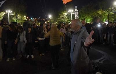 У Вірменії відновилися протести: люди вимагають відставки прем'єра Пашиняна – фото, відео