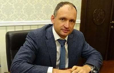 Брехня і дискредитація, – Татаров про виділення землі компанії його тестя