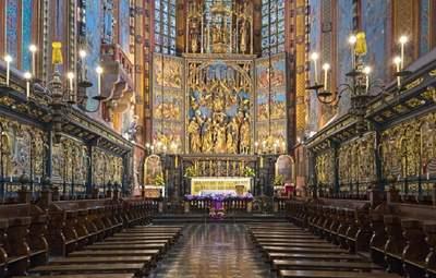 В Польше резко ухудшилось отношение к церкви: детали