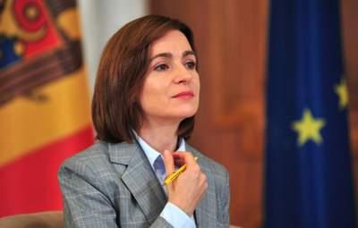 Санду під час інавгурації заговорила українською