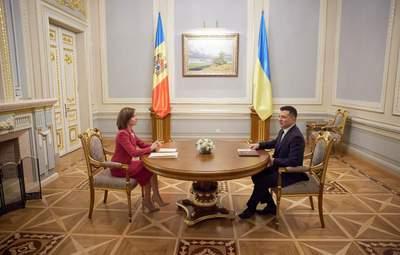 Украина в планах Молдовы играет стратегическое значение, – политолог о визите Санду в Киев