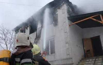 Директор и администратор: суд оставил под стражей подозреваемых по делу о пожаре в Харькове
