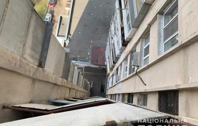 В Одесі 18-річний юнак на очах у людей вистрибнув з 15 поверху: це 2 випадок за тиждень