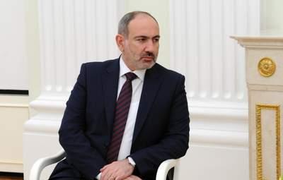 Пашинян объявил об увольнении главы Генштаба: президент против
