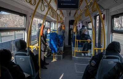 Ограничения относительно транспорта в красной зоне пересмотрят