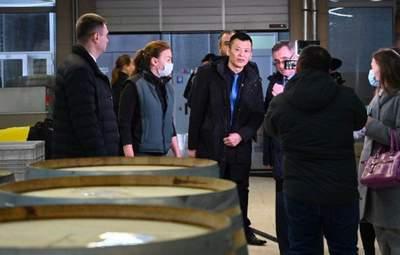 """""""Китайская делегация"""" в Крыму оказалась группой мелких торговцев из Москвы"""