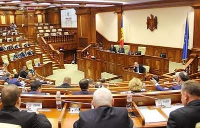 Не будем участвовать в спектакле,  – парламент Молдовы не поддержал назначение правительства