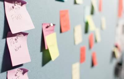 Рифма и игра слов: 5 советов, как придумать незабываемое название для своего бизнеса