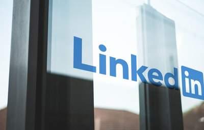 Всем нужен свой Clubhouse: LinkedIn и Spotify создадут собственные аналоги новой соцсети
