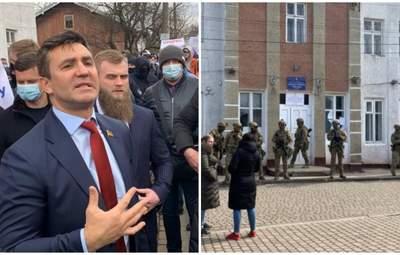 В Офисе Президента прокомментировали странное поведение Тищенко на округе №87