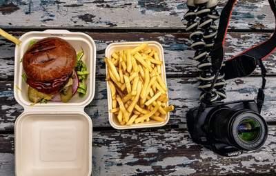 Блогер узнал, что случится с телом, если съесть 10 000 калорий в сутки