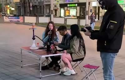 Выездной ресторан с алкоголем и кальяном: в Харькове тиктокеры развлекались в карантин – видео