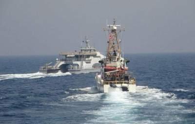 Корабель США відкрив попереджувальний вогонь через Іран: відео