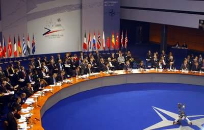 У НАТО пояснили, чому не надають Україні ПДЧ – Голос Америки