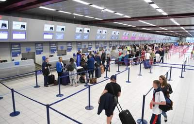 Німеччина відкривається для туристів: нові правила самоізоляції та здачі тестів