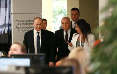 Империя рухнет, – Скорина объяснил, почему Кремль не может избавиться от своей пропаганды