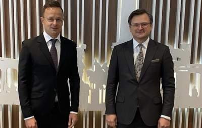 Глава МИД Венгрии посетит Донбасс: Сийярто приедет уже в мае