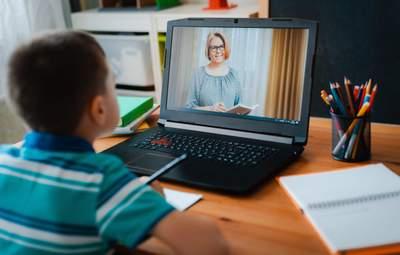 По каким предметам детям давали больше заданий на дистанционке: интересное исследование