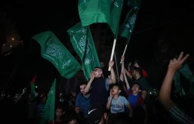 Салюты и выстрелы в воздух: палестинцы громко отпраздновали перемирие – фото, видео