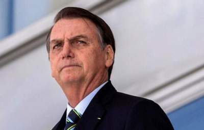 Збирав людей на масові акції: президента Бразилії оштрафували за порушення карантинних обмежень