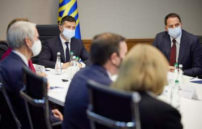 Зеленский рассказал, о какой военной помощи он говорил с американскими сенаторами