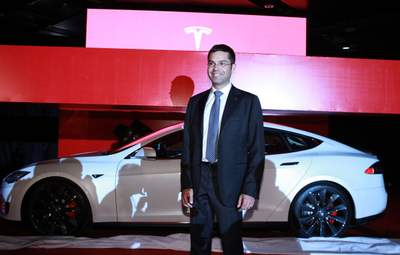 Потери в высшем руководстве Tesla:  Илон Маск остался с двумя руководителями