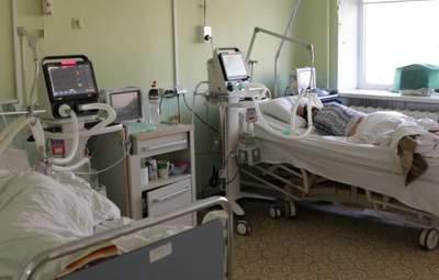 В Украине меньше тысячи новых больных коронавирусом за минувшие сутки