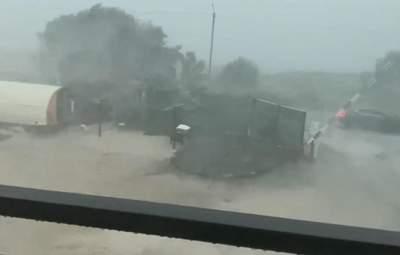 Курортний Бердянськ накрив потужний буревій: моторошні відео