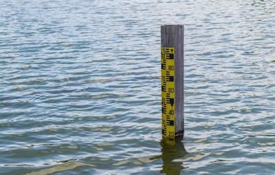Мешканців Прикарпаття попередили про підтоплення будинків: коли очікувати на стихію