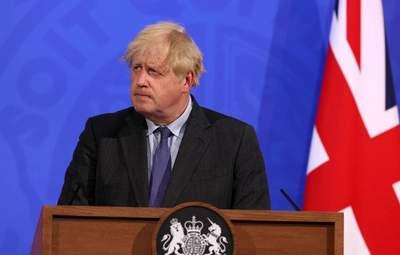 Великобритания отменяет масочный режим – уже с 19 июля